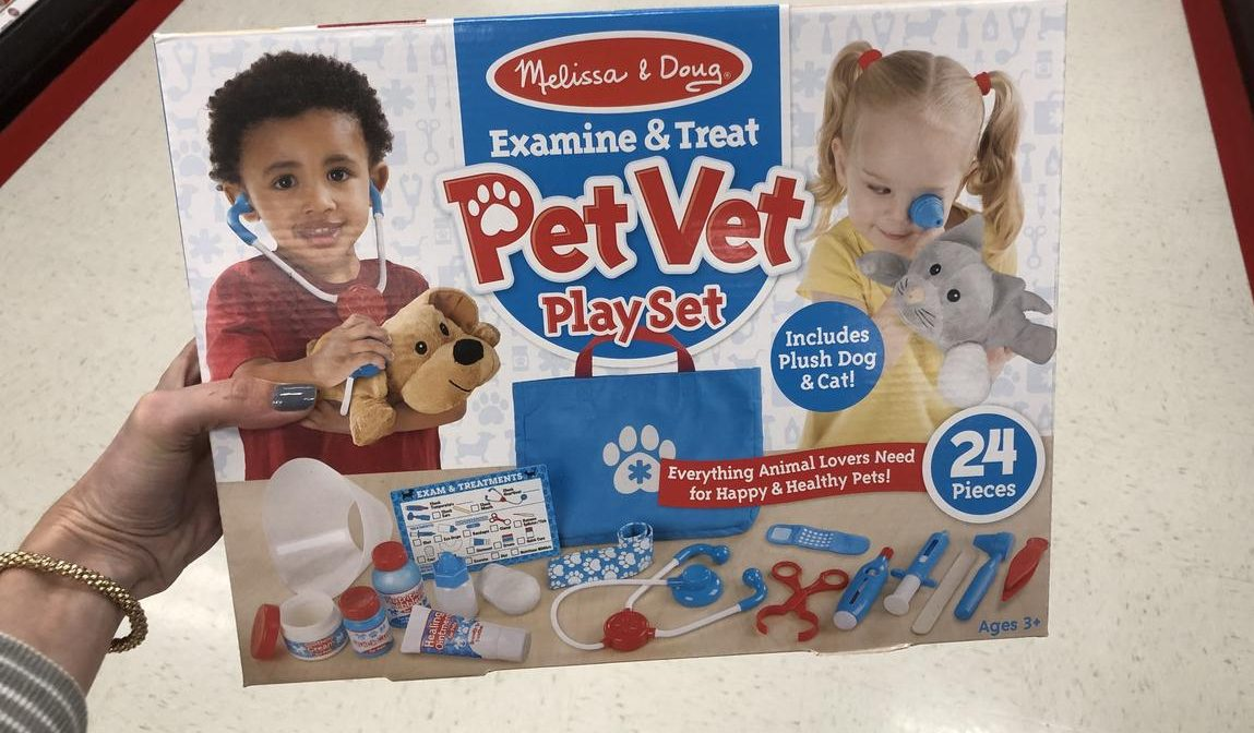Top 2018 Christmas Toys for Amazon - Melissa & Doug Examine and Treat set