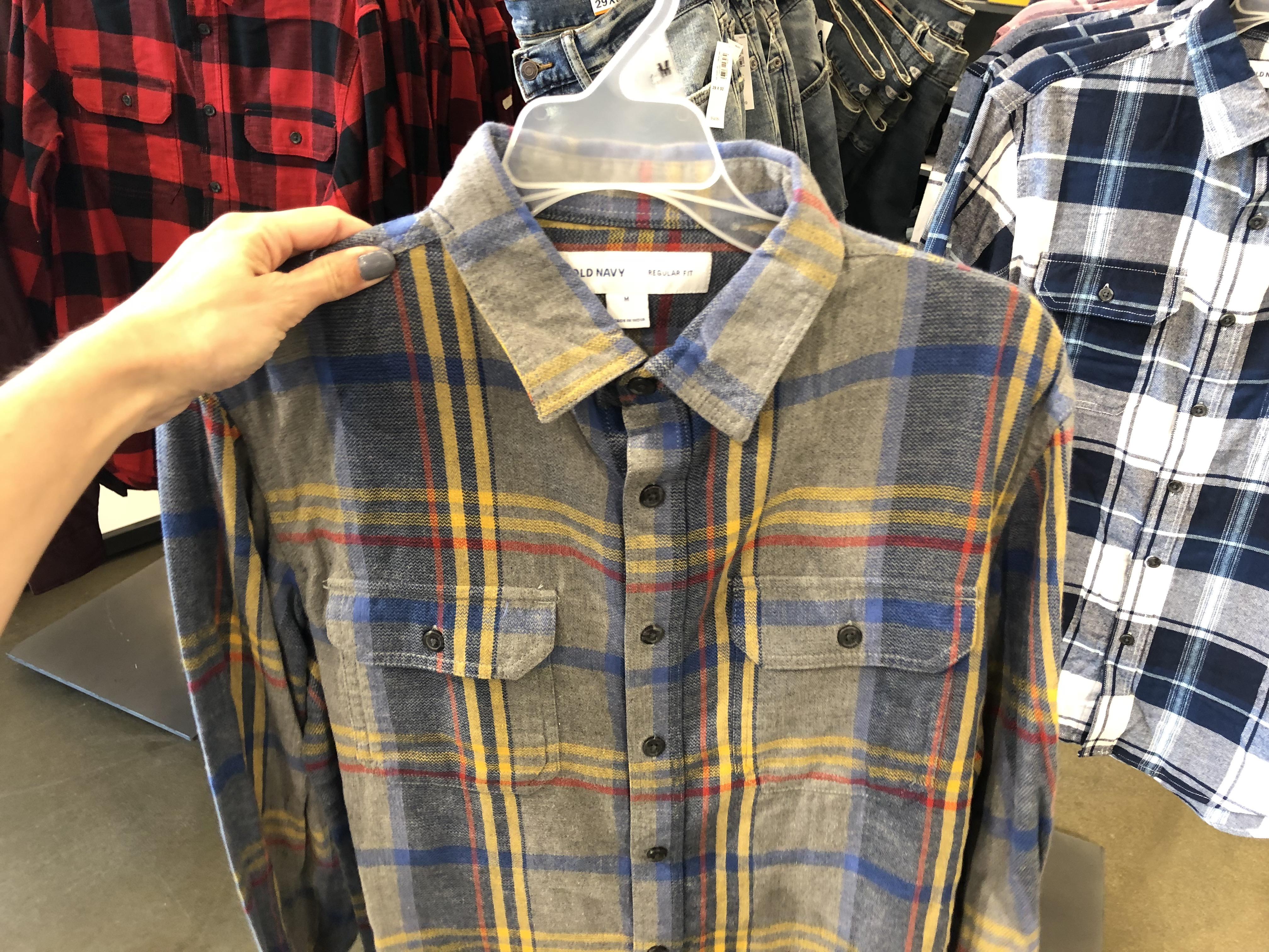 desolateness Mens Regular-Fit Plaid Pocket Chest Button Down Long Sleeve Shirts