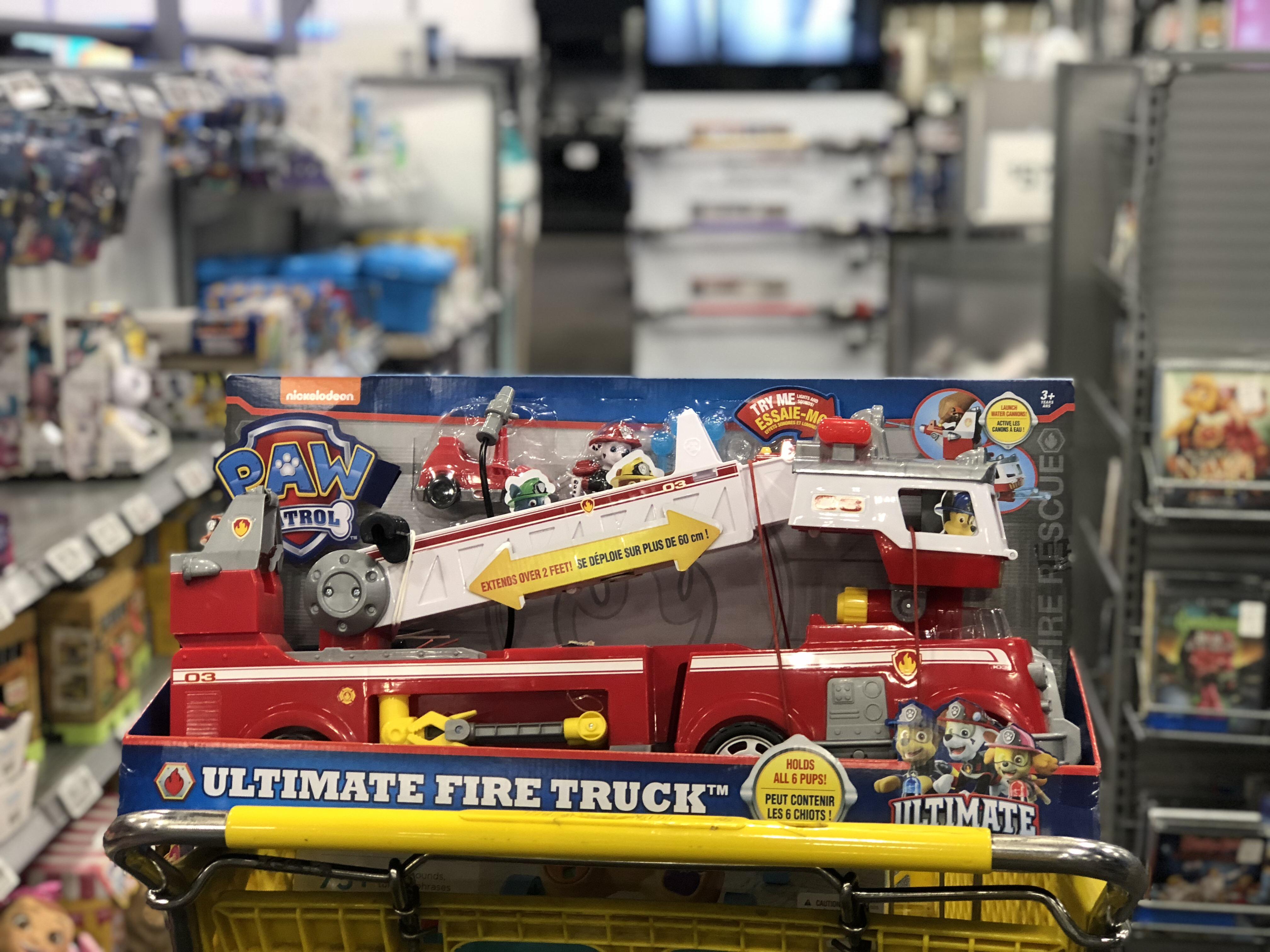 best buy 2018 toy book – Fire Truck