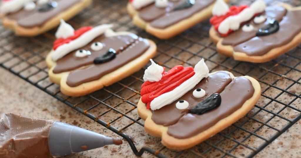 santa poop cookies