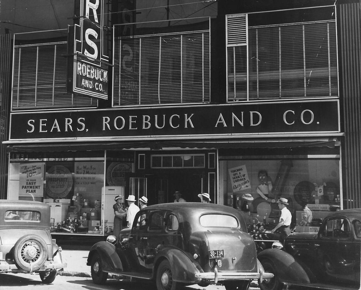 sears files for bankruptcy – Sears, Roebuck and Co picture in black and white