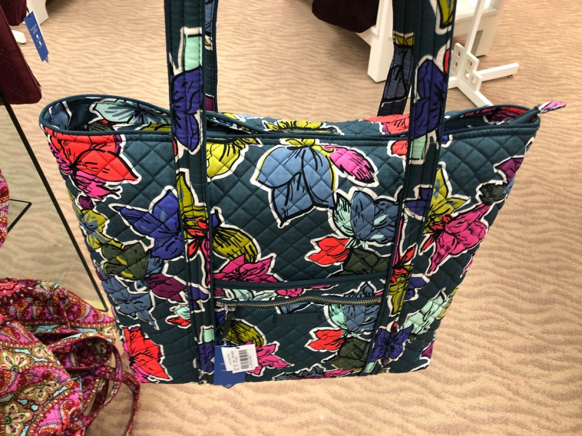 Iconic Small Vera Tote  47 (regularly  78) 30% off discount automatically  applied at checkout. Shipping is free. Final cost  32.90 shipped! 96044685b2cde