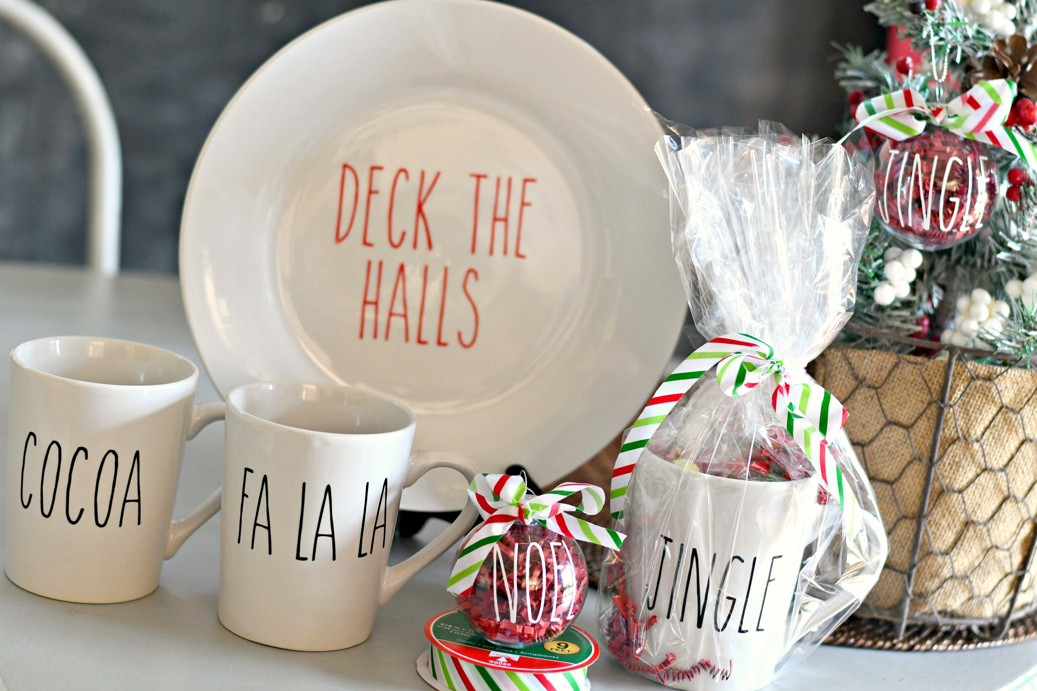 Make These Rae Dunn Inspired Christmas Crafts from Dollar Tree Items ...