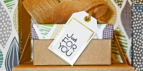 10 FREE Customized Gift Tags w/ Free Walgreens In-Store Pickup