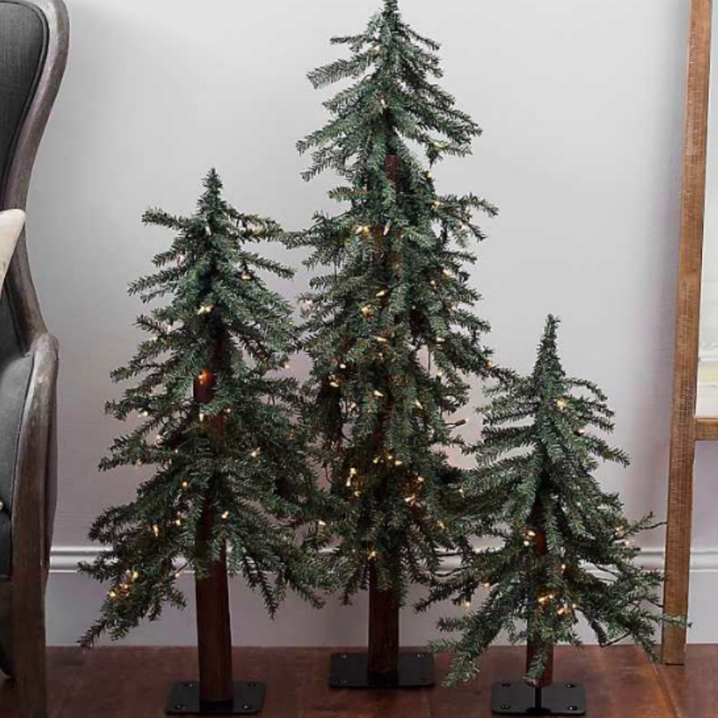 Up to 50% Off Christmas Decor at Kirkland\'s - Hip2Save