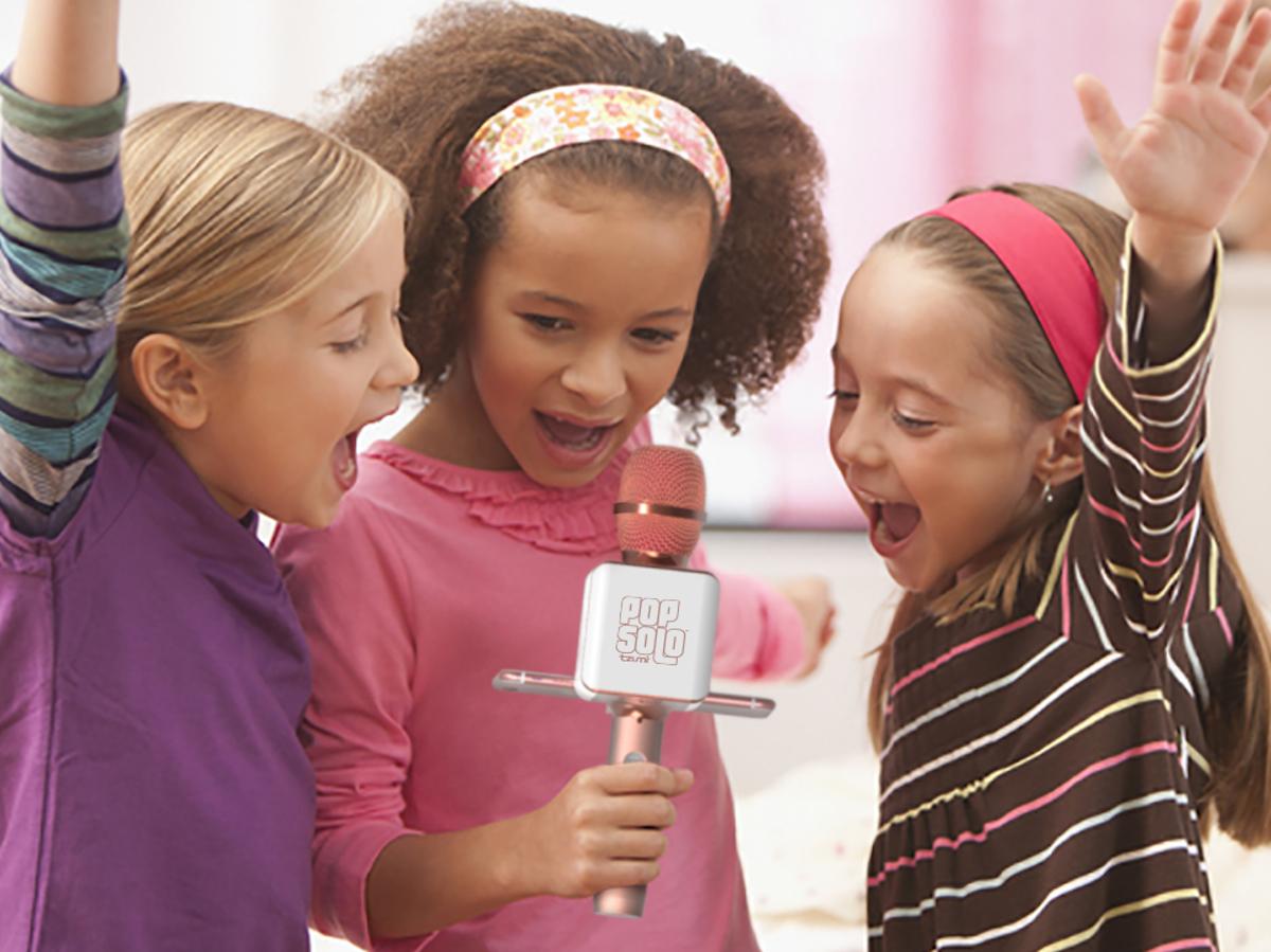 PopSolo-Karaoke-Microphone-kids-gift-guide