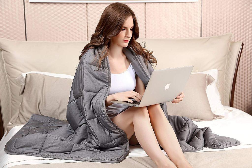 Sivio Weighted Blanket - Amazon