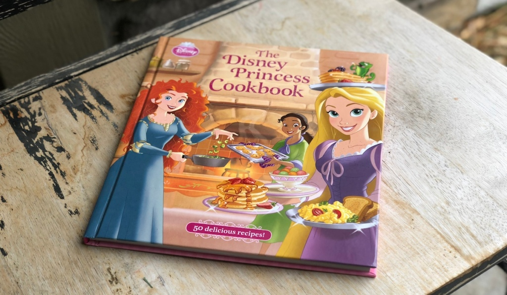 Disney-Princess-Cookbook-kids-gift-guide