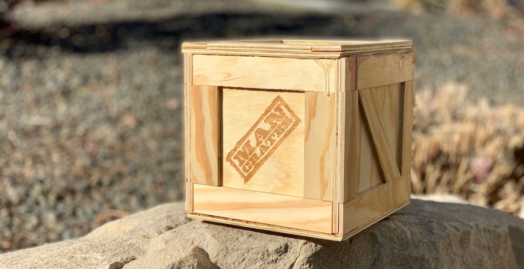 the-man-crate-bacon-mens-gift-guide