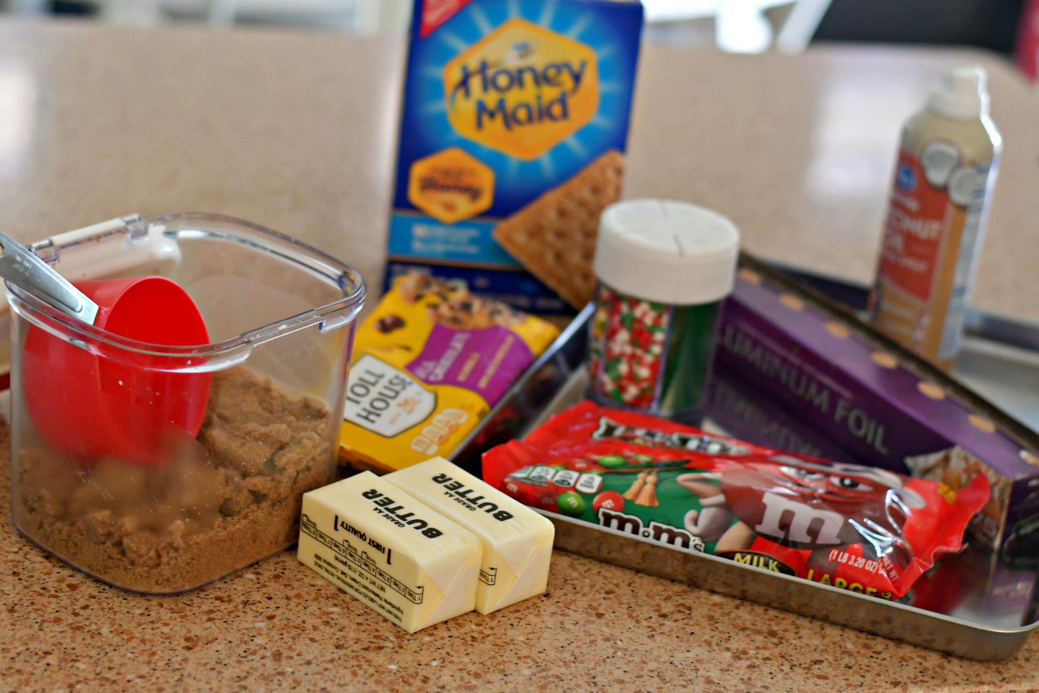 homemade christmas crack toffee – Ingredients on the counter