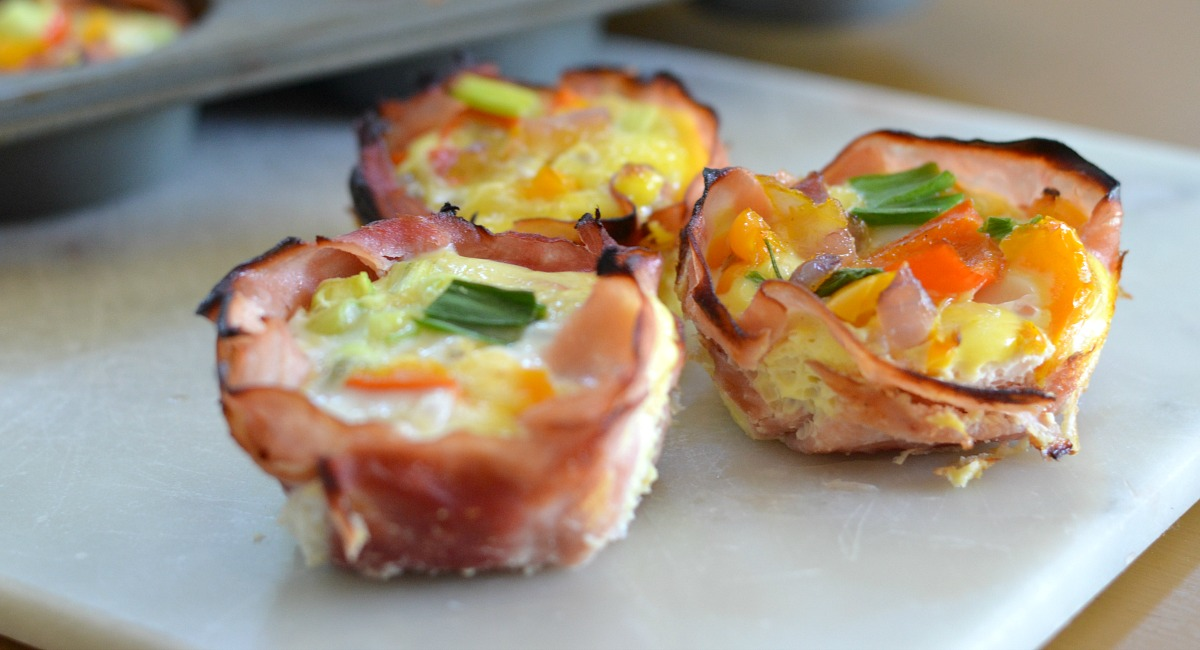 baking silicon muffin pans review tips – egg, ham, and cheese cups perfect for a mini muffin tin