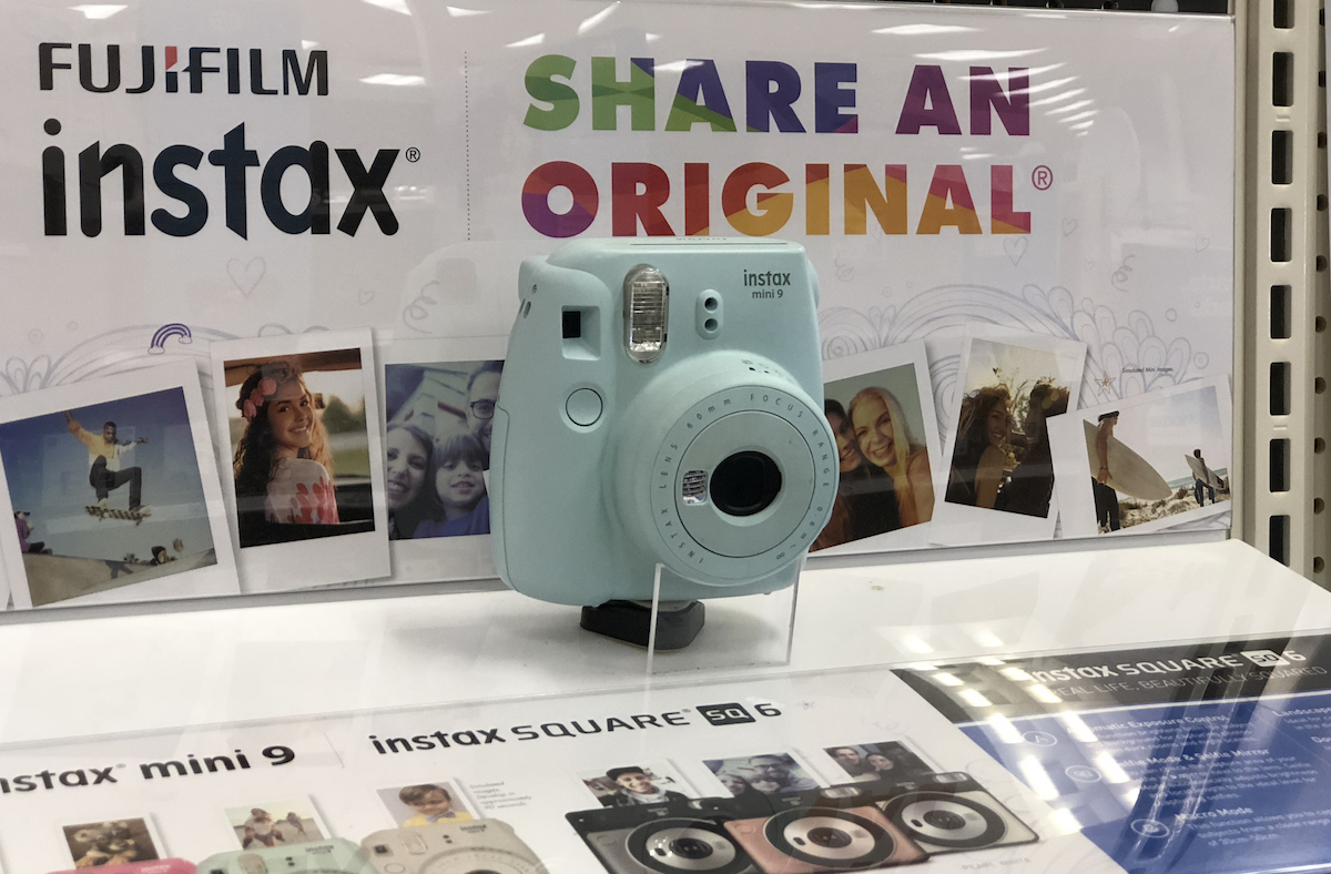 intax-polaroid-camera-teen-gift-guide