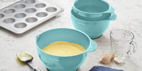 Amazon: KitchenAid 5-Piece Mixing Bowl Set Only $29.99 Shipped (Regularly $40)