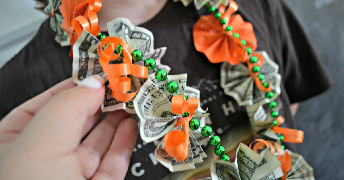 money lei for graduation gift guide