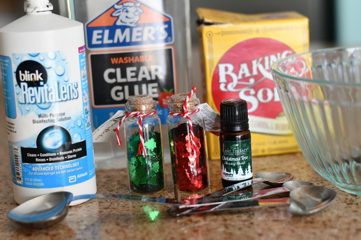 Make Christmas Tree Slime – slime ingredients