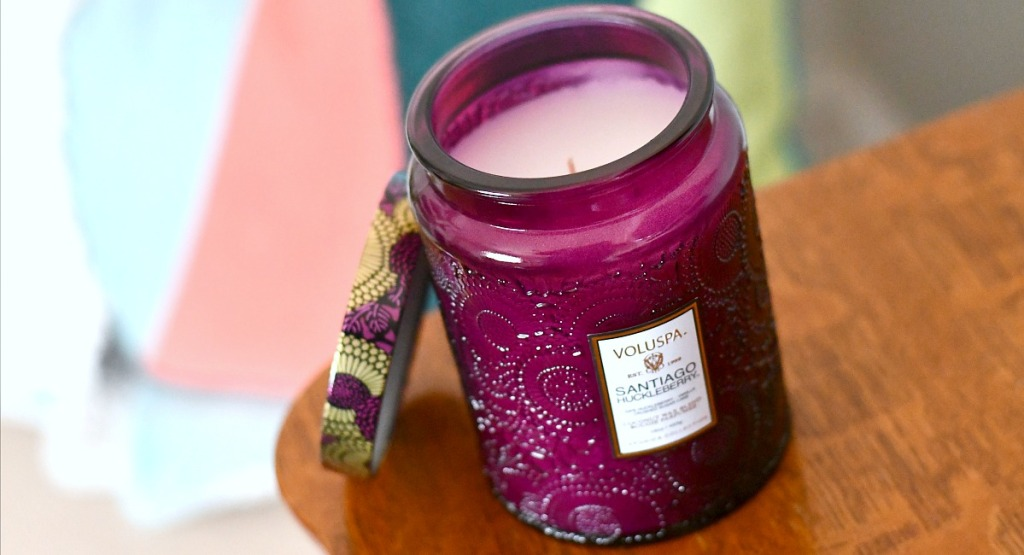 gift guide for homebodies —voluspa candle in huckleberry