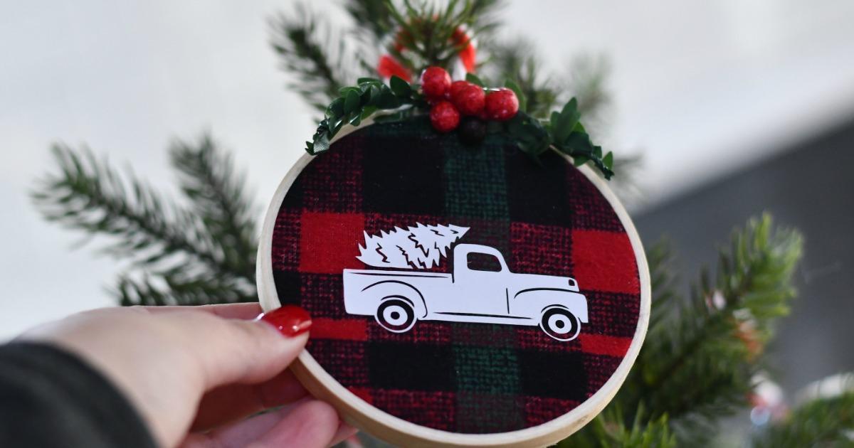 Diy Embroidery Hoop Christmas Ornaments Hip2save