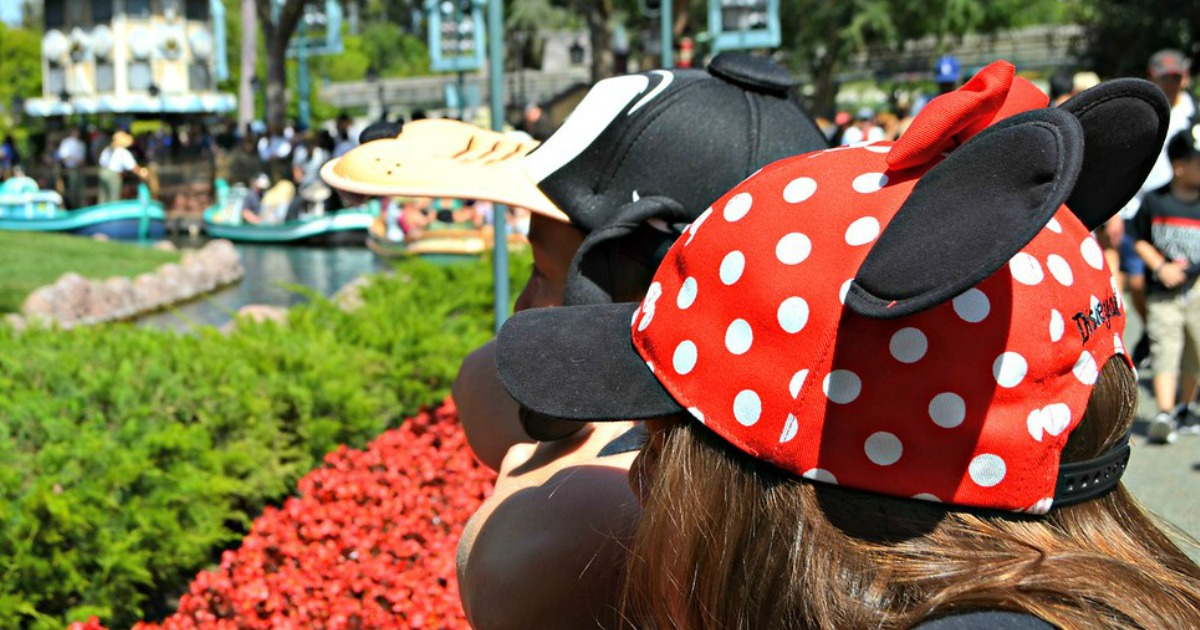 Minnie Mouse and Goofy hats on kids
