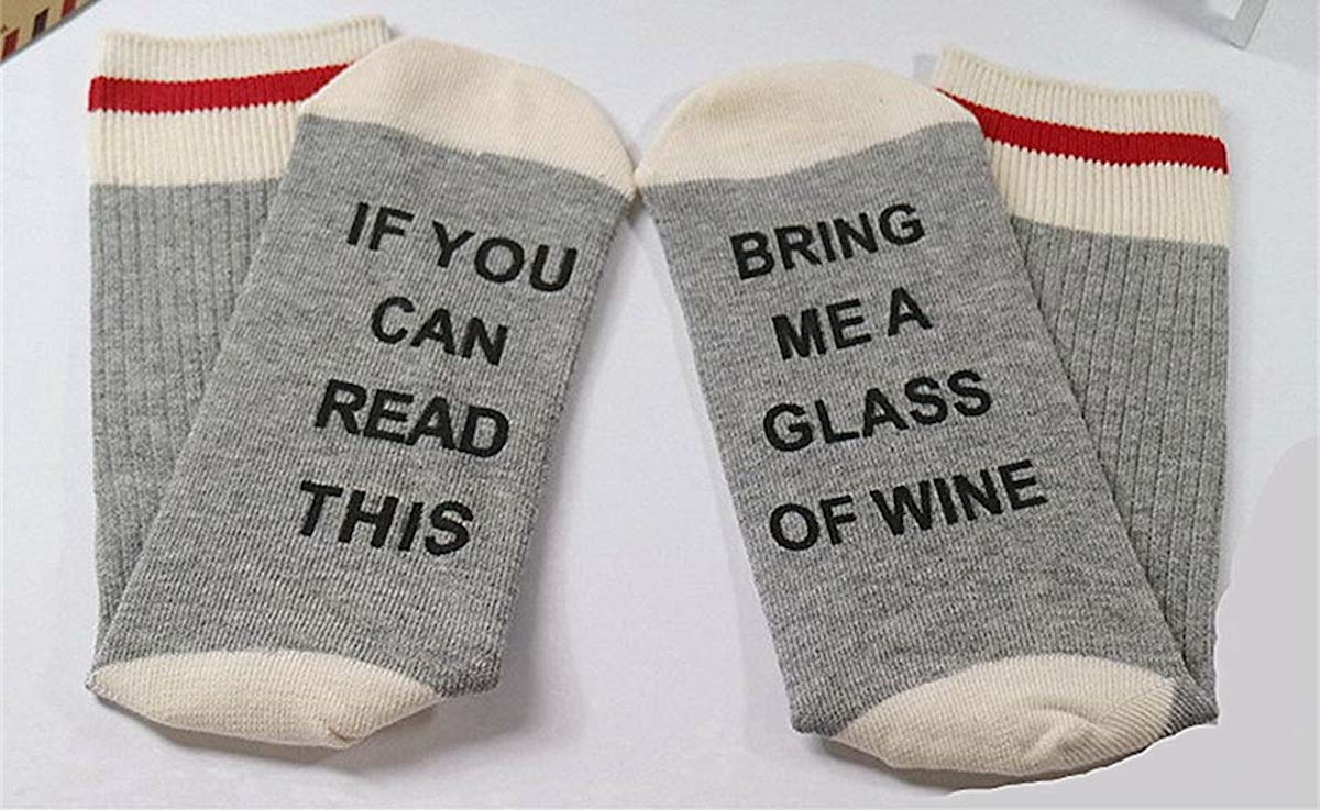 White Elephant Gifts, Gag Gifts, Funny Gift Ideas – if you can read this novelty socks