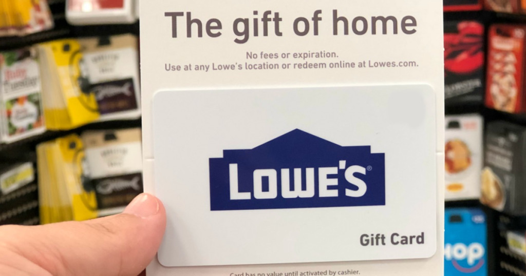 hand hold lowe's gift card