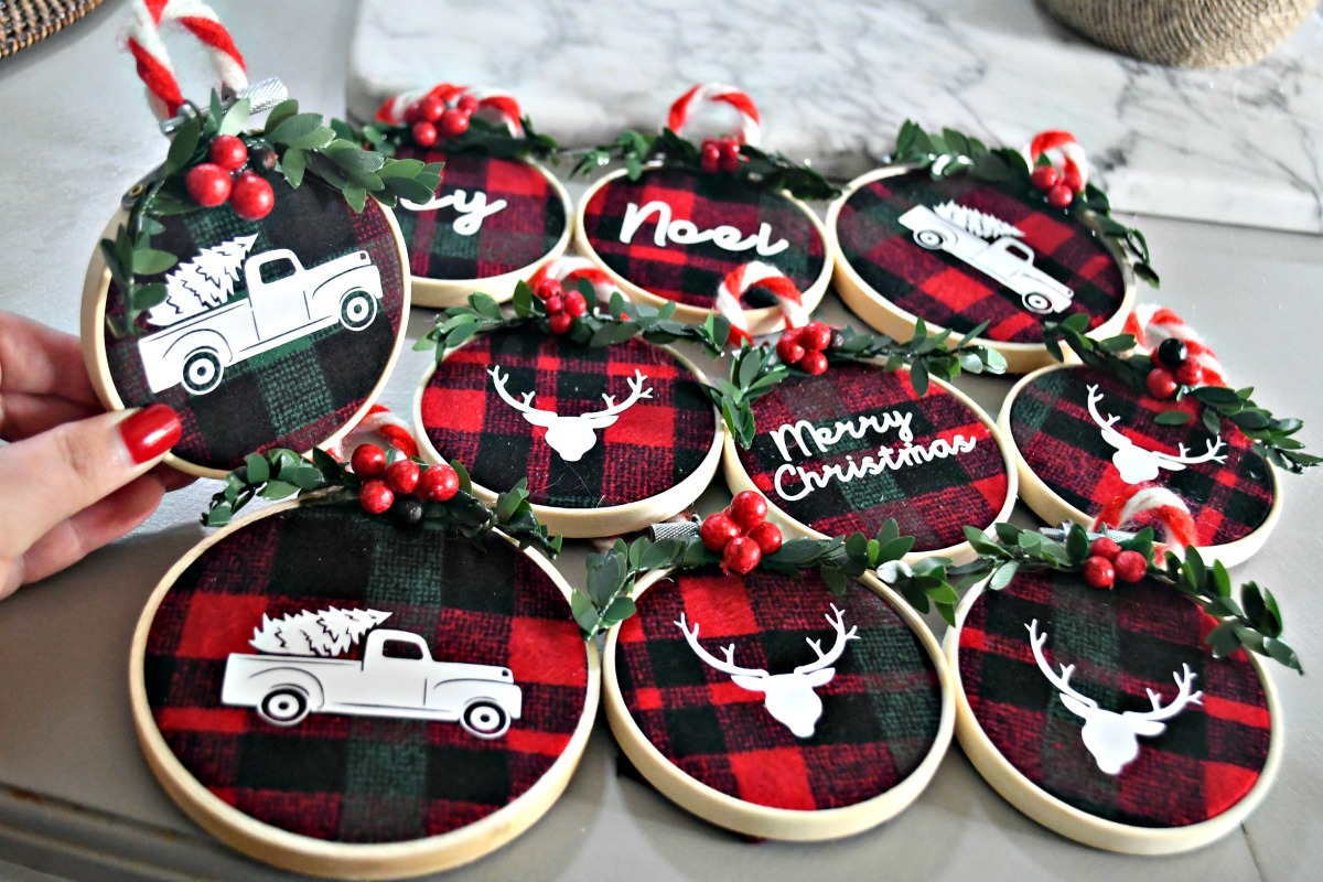 DIY Embroidery Hoop Christmas Ornaments – finished and in a group of 11