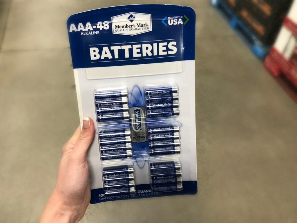 Sam's Club Members Mark batteries