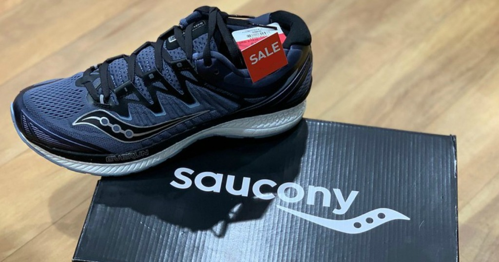 Saucony Sneakers on box