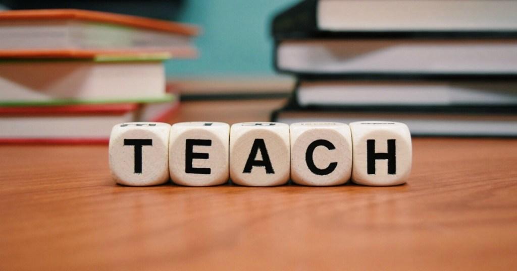 TEACH with VIPKid