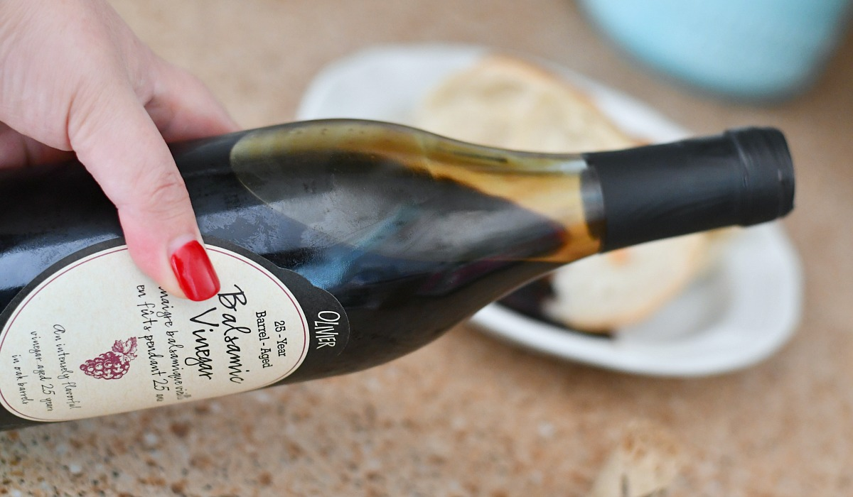 ultimate gift guide ideas under 25 — williams sonoma aged balsamic vinegar