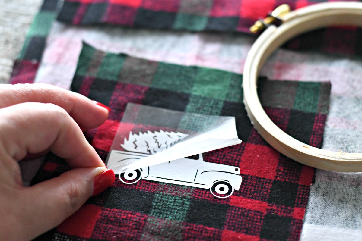 DIY Embroidery Hoop Christmas Ornaments – applying the decal