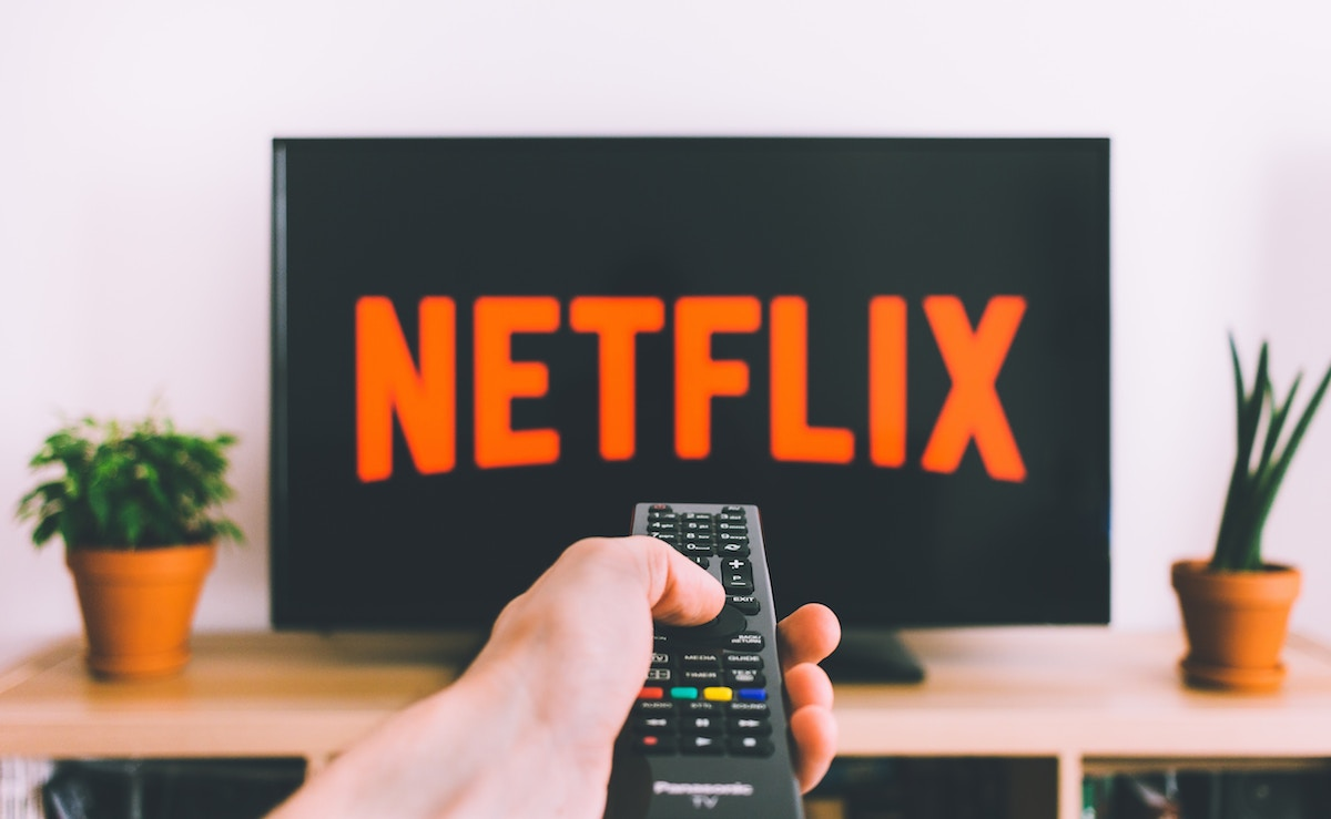 save more money 2019 easy tips – netflix tv television remote control