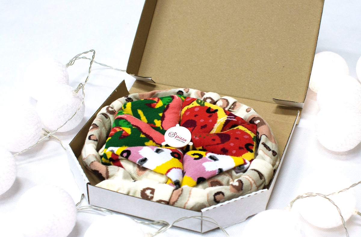 White Elephant Gifts, Gag Gifts, Funny Gift Ideas – pizza box socks