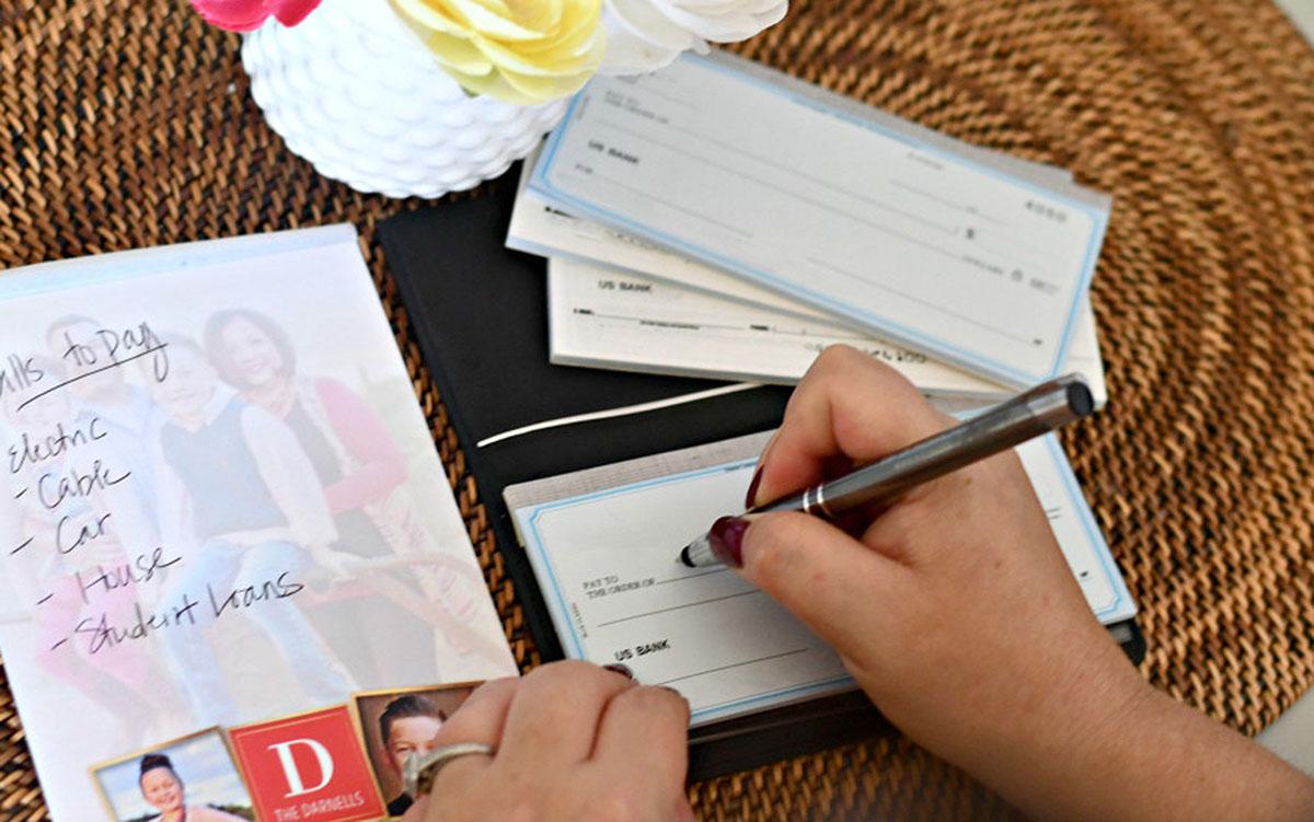 custom checks deal + free address labels – Lina writing a check