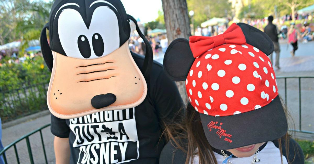 kids wearing Walt Disney hats