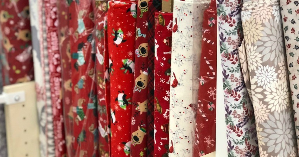 Christmas Fabric 2019.Up To 75 Off Holiday Fabrics At Joann Stores Hip2save