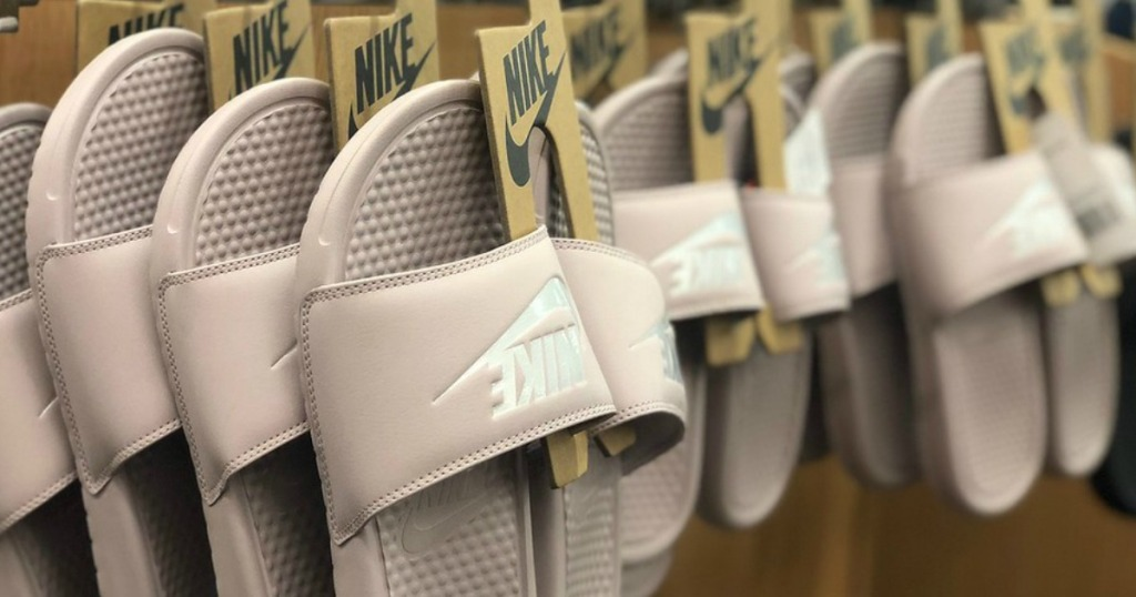 Up to 75% Off Shoes   Apparel at Finish Line (Nike 7fc667b361a