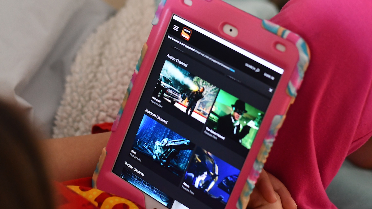 watch tv, movies, and sports for cheap or free – sony crackle on ipad screen