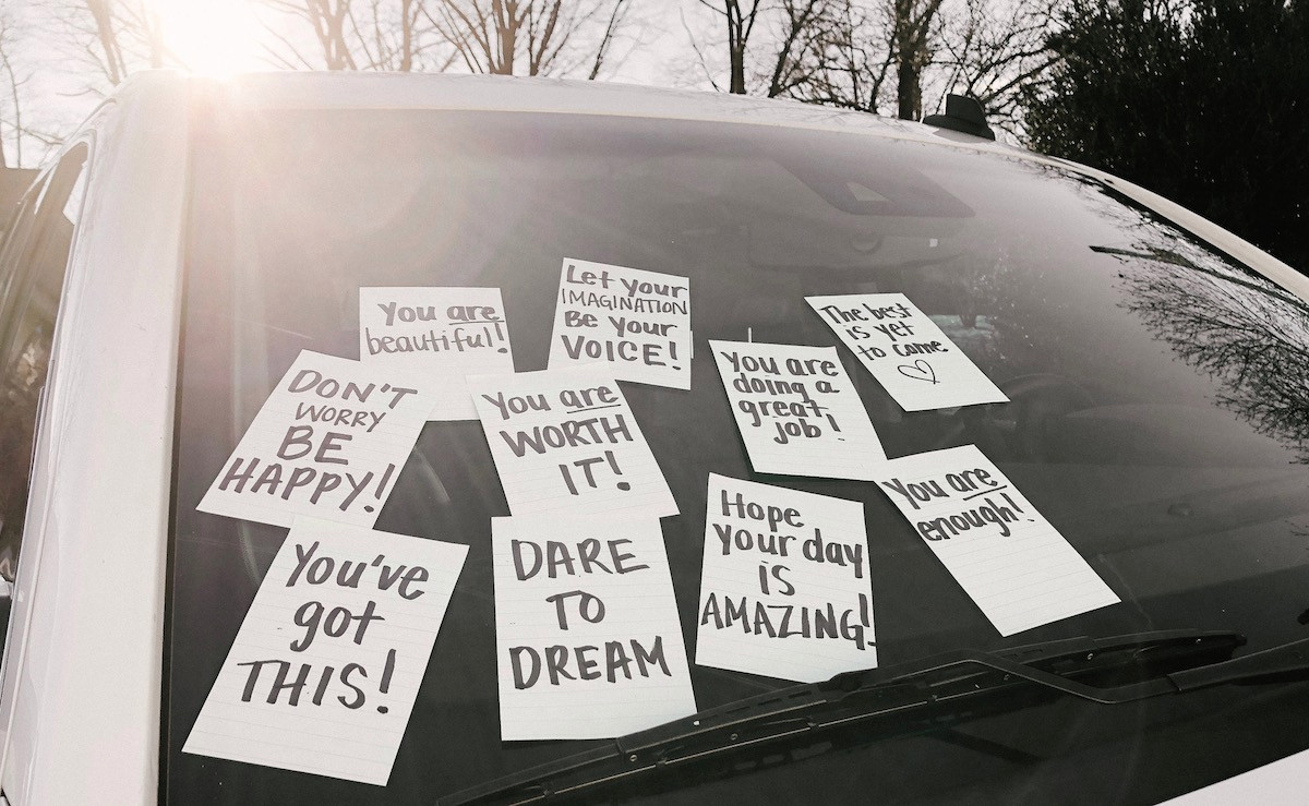 post it notes on car positive messages great attitude