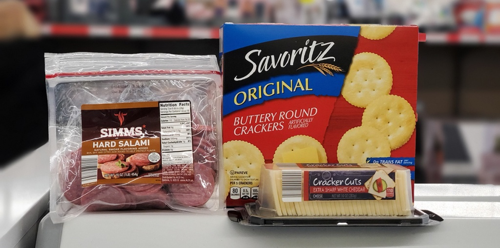 savoritz ritz crackers with cheese and salami slices