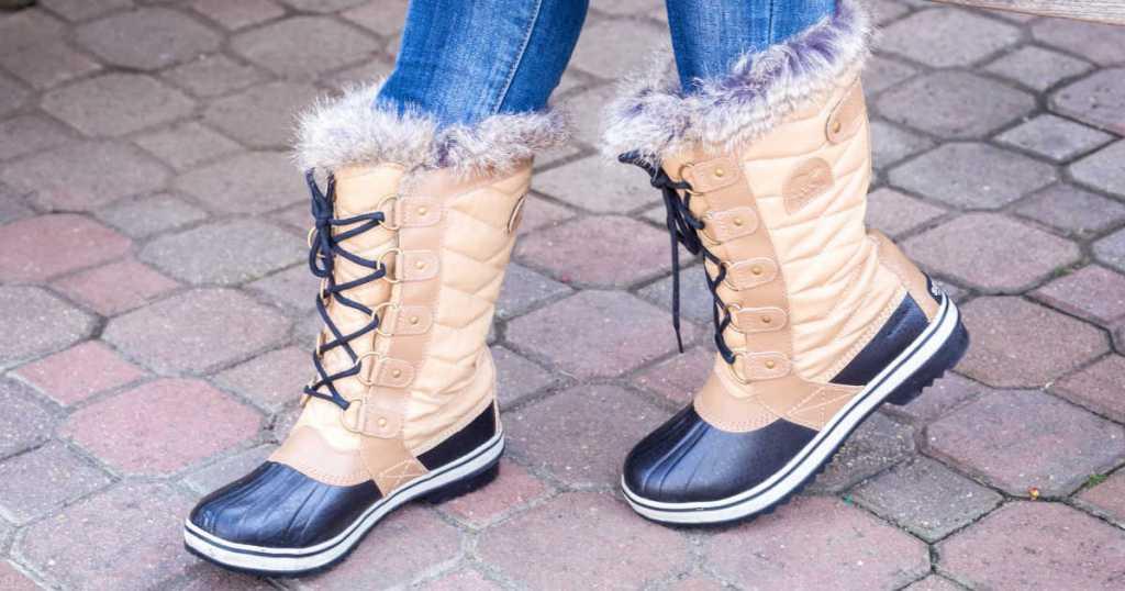 woman wearing Sorel Tofino II Boots