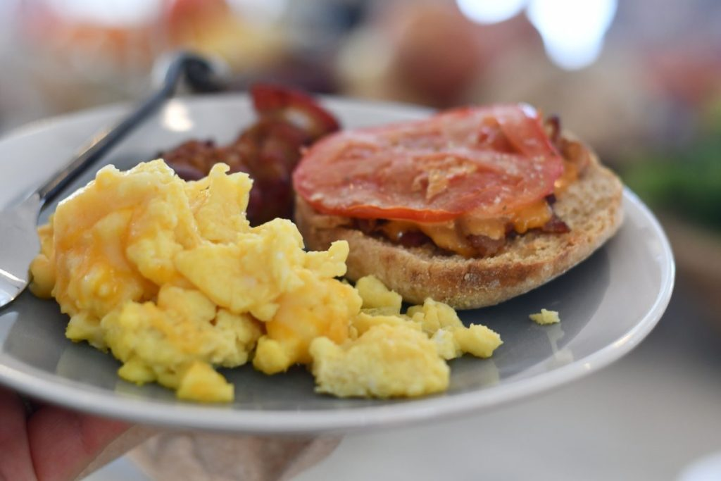 bacon english muffin breakfast idea