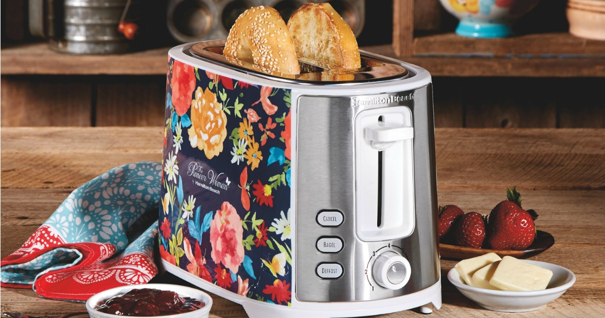 The Pioneer Woman toaster with bagels