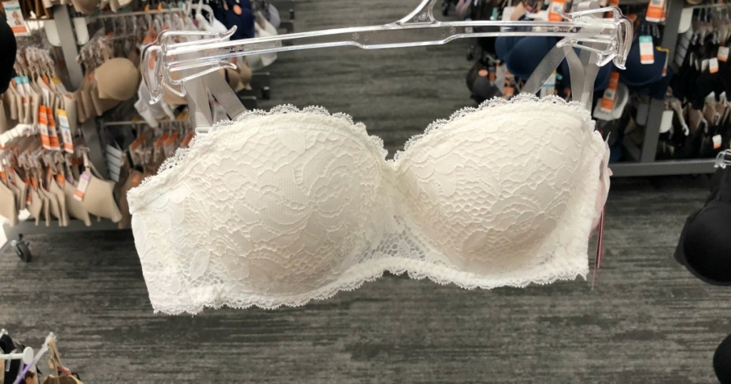 2f45659e7d6 Xhilaration Women s White Lace Lightly Lined Convertible Strapless Bra  Possibly only  6.49 (regularly  12.99) DCPI  023-03-6411