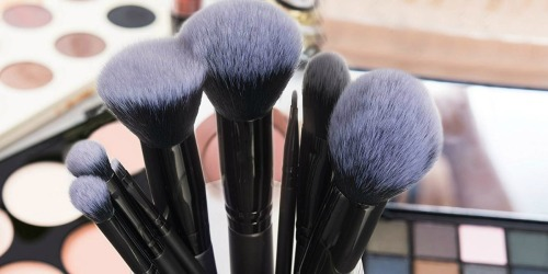 Anjou 8-Piece Makeup Brushes Set w/ Cosmetic Bag Only $4.99 on Amazon