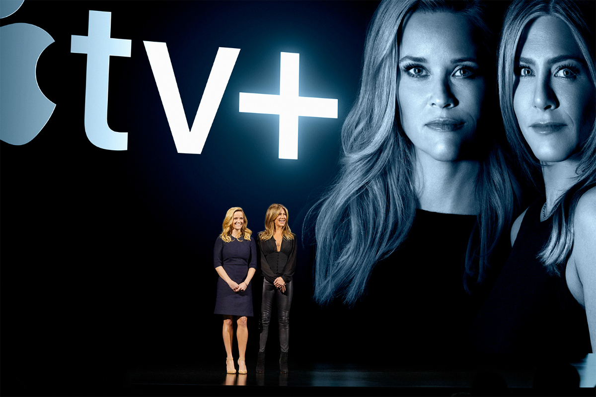 Apples keynote event jennifer aniston reese witherspoon