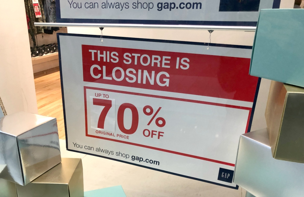 GAP store closing sign