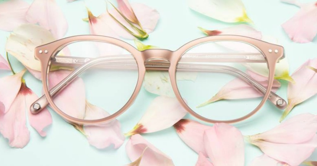 Glasses with flower petals