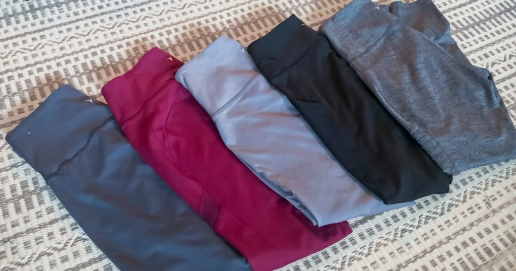 women's old navy leggings folded up