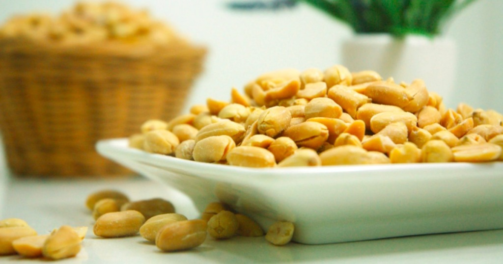 Planters Peanuts in a bowl
