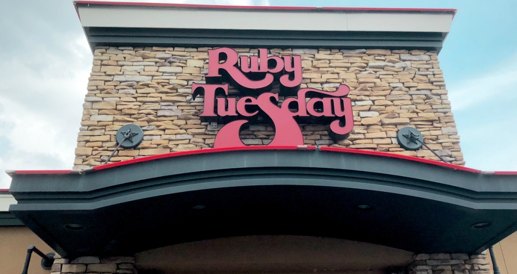 Ruby Tuesday store front